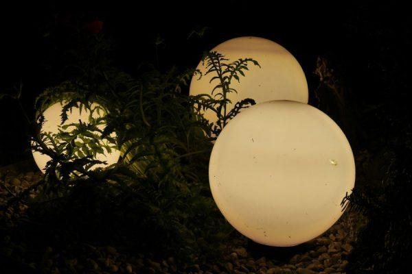 Oprawy zewnętrzne. Planujemy oświetlenie ogrodu